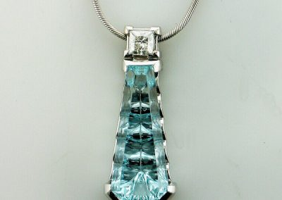 Waterfall Aquamarine Pendant