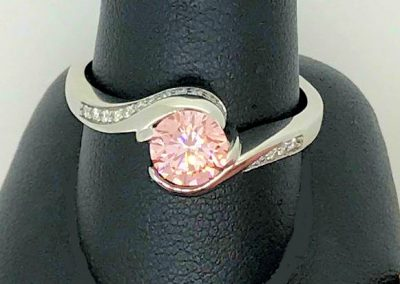 Stunning round Pink Diamond solitaire